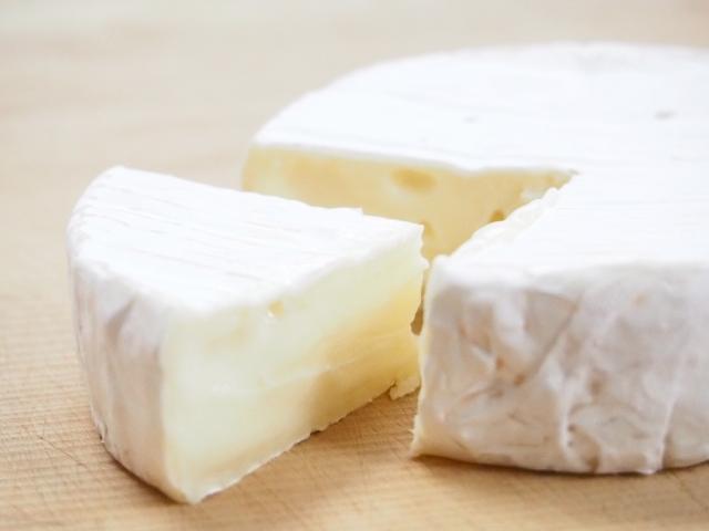 ダイエット中にチーズは食べても良い?チーズが持つ驚きの効果とは