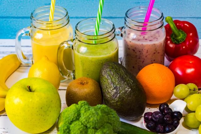 野菜ジュースって本当に栄養が摂取できるのか?野菜ジュースのより健康的な飲み方