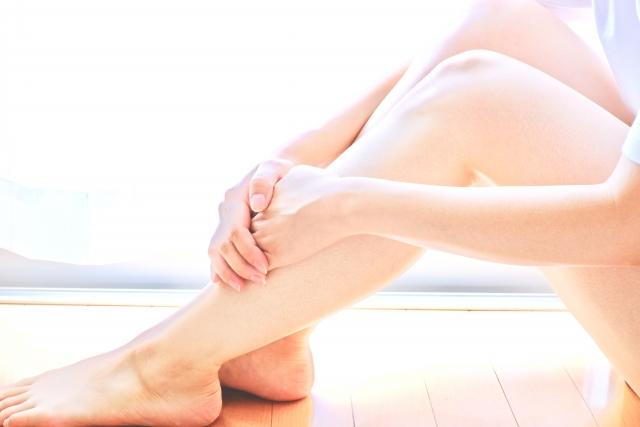 足のむくみ解消法!むくみをとってスッキリ美脚を目指す方法